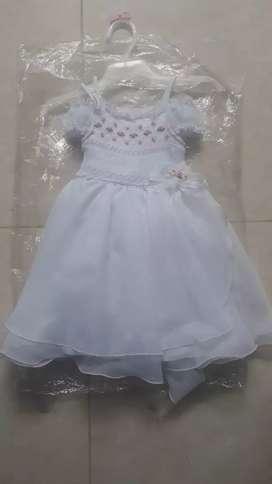 Vestido de bautizo niña