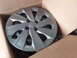 Cuatro Aros de fierro originales de kia nuevos con plato 400