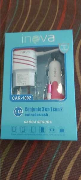 Cargador 2.1 Inova para casa y auto v8 ambos para dos celulares  1200m