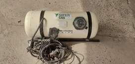 Equipo de gas GLP 85L listo para instalar
