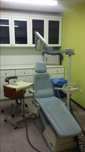 Venta de equipo odontologico marca Gnatus con sus respectivos muebles