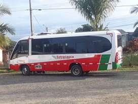 Buseta Nissan tk55 mod 2010 de 19 pasajeros exelente estado se vende con cupo  servicio intermunicipal exelente estado