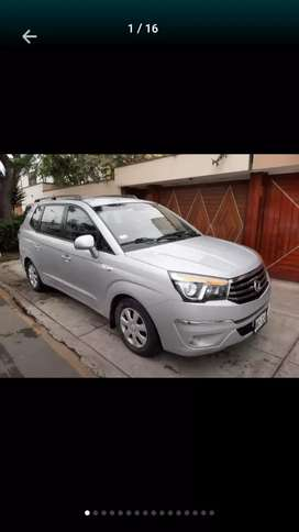 SsangYong Rodius 2013$12999 minivan turbo diesel 11 pasajeros automatic turbo diesel