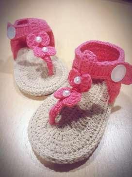 Sandalias crochet para bebés