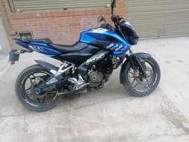 Vendo mi moto buenas condiciones 5millones 40000mil