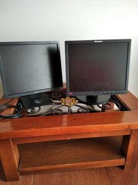 Lenovo y Acer (2 monitores)