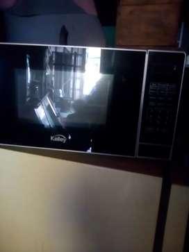 Sé vendé horno microondas