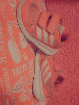 Zapatillas de nena 23