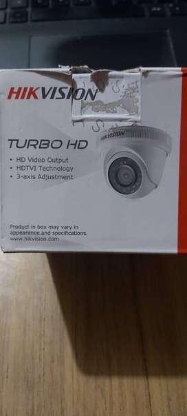 Cámara de vigilancia HIKVISION 720p REMATE USADO