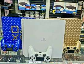 PS4 SLIM EXCLUSIVAS