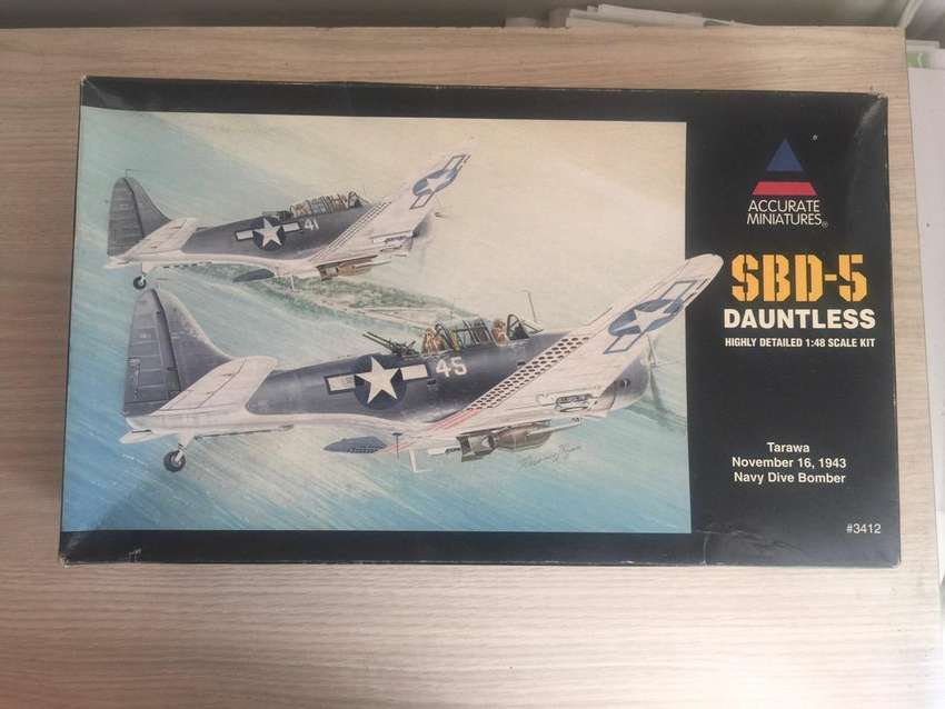 SBD-5 Dauntless Tarawa, November 16, 1943 Accurate Miniatures | No. 3412 | 1:48 0