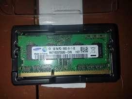 Memoria Ram DDR3L 1Gb - Samsung usado negociable.