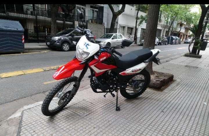 Motomel Skua 200v6 0
