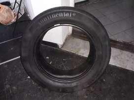 Neumatico usado continental 215/60 R17