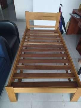 Se vende cama sencilla en buen estado
