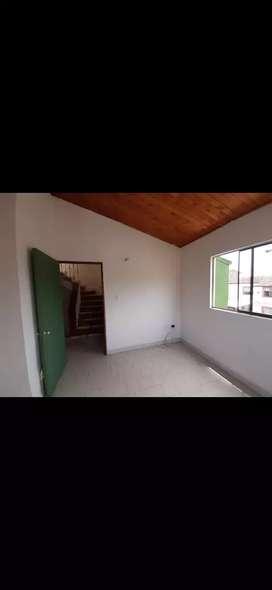 Rentó casa esquinera