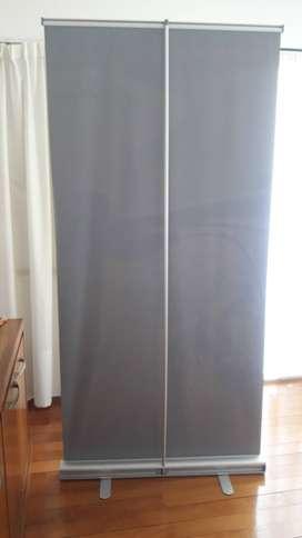 Roll Up banner. Medida 0.80 mts. x 2 mts.