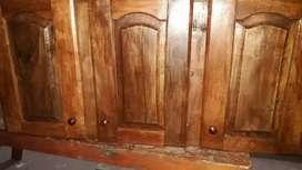 OFERTON  Alacenas de algarrobo de tres puertas nuevo medidas 1,30 cm de largo x 60 cm de ancho x 40 cm de alto