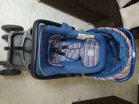 Coche para bebé  marca Priori, usado y silla para el carro.