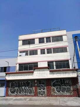 Se Alquila Edificio Comercial 5 Pisos, 1.000 m² Av Colonial Cdra. 46 Bellavista.