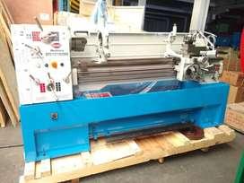 Torno mecánico 1500mm-Sumore SP2113 (Cod:331N 332N)