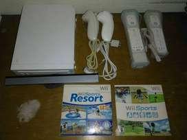Nintendo Wii consola, blanco, cuatro controles, dos juegos