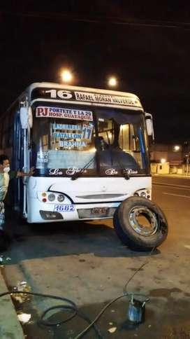 Vendo bus con ruat