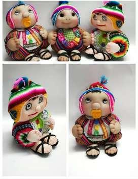 Muñeco artesanal, decorativo  ,cholito