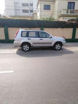 Nissan xtrail 4x4 segunda mano  Perú