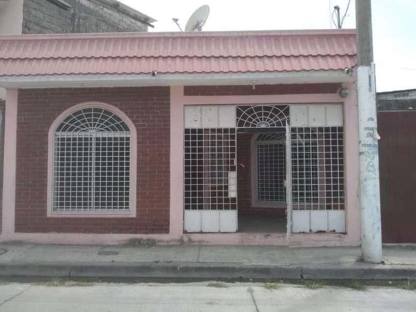 Venta villa en Vergeles cerca al Parque Samanes 0