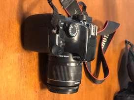 Canon modelo Eos Rebel T3