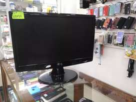 "Monitor LG 15 "" full estado"
