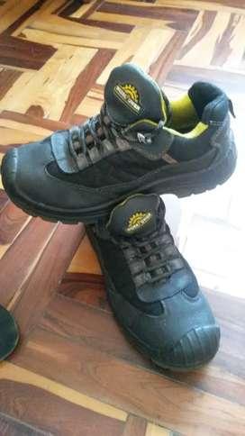 Zapatillas punto De acero para mineros y albañiles marca europea