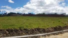 venta de lotes de terreno económicos,  en regla y con obras básicas, ubicados cerca del colegio borja en baños, yanuncay