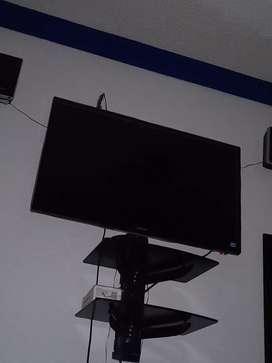 Tv Samsung led 32 COMO NUEVO