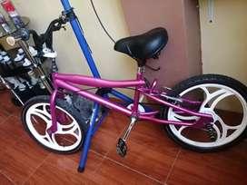 Bicicleta aro 20  $80