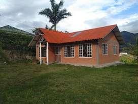 Quinta de venta en el Valle de  Yunguilla con 1380m2. Cuenca-ecuador