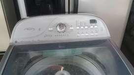 Se vende lavadora wuipool americana de 40 libras
