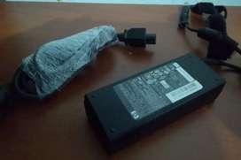 CARGADOR HP Serie PPP012L-S usado envío gratis