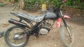 Vendo moto loncin solo carta y venta