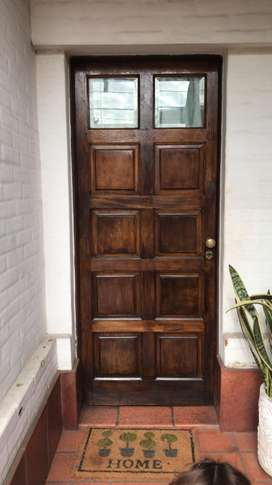 Puerta Principal de Madera con Visillo y cerraj bronce masizo