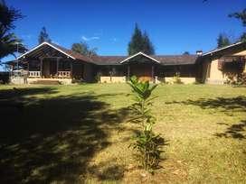 Quinta de arriendo en el Valle de los Chillos Cod: A398