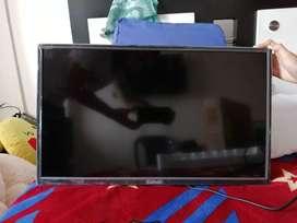 """TV LED 24"""" HD EN PERFECTO ESTADO Y MUY POCO USO."""