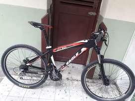 Bicicleta en buen estado , precio negociable