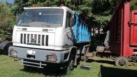 Camion de carga muy poco uso