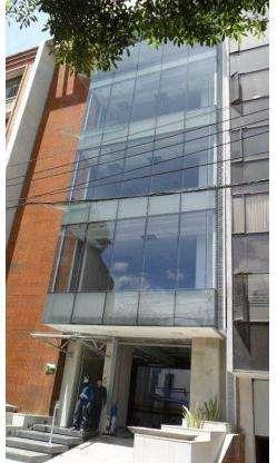 Se Arrienda Excelente Edificio para Oficinas en La Cabrera, 1.000 mts2