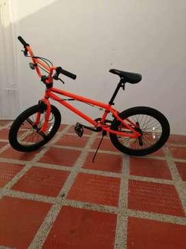 Bicicleta marca mongoose como nueva