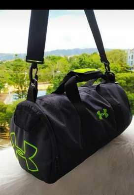 Vendo bolsos deportivos de marca