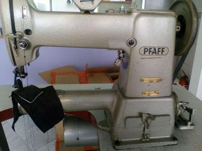 Maquina Codo Derecho Pfaff 0