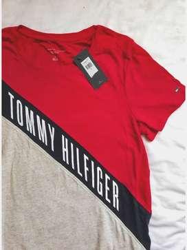 Camiseta Tommy Hilfiger/ Michael Kors
